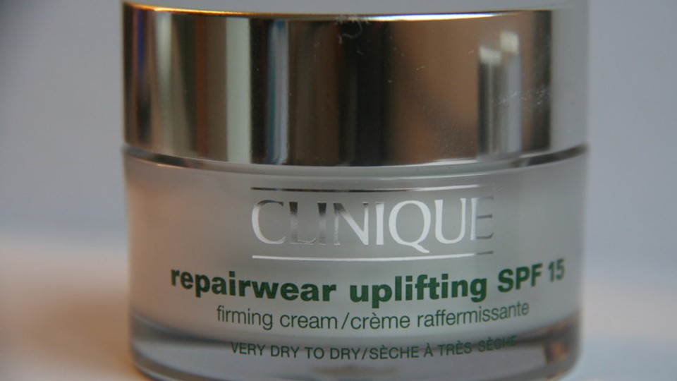 Review-Clinique-Repairwear-Uplifting-Firming-Cream-2